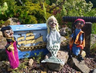 Capt Codswallop, Tom the Cabin Boy and Jade the Mermaid puppet characters